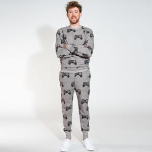 sweater+pants logo